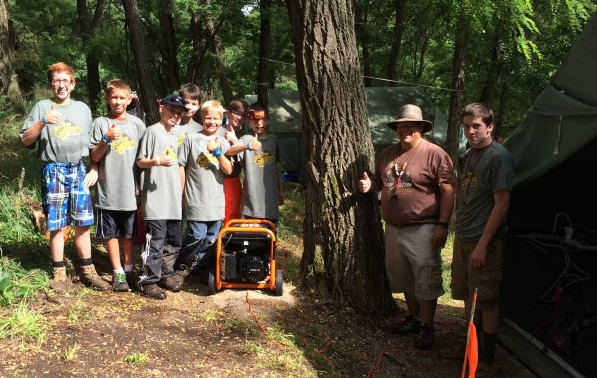 Presented power generator to Boy Scout Troop 408